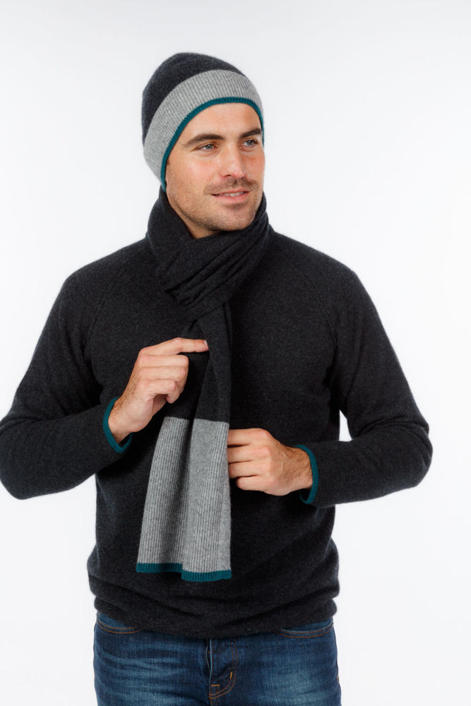 Picture of Sports Stripe Scarf
