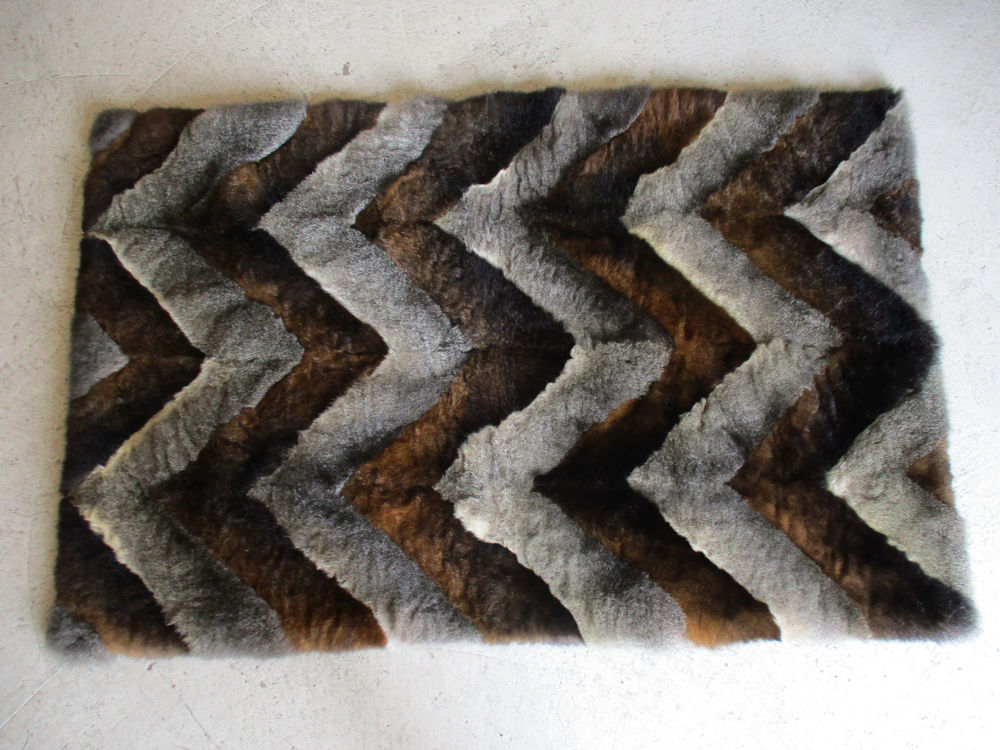 Picture of Herringbone Throw